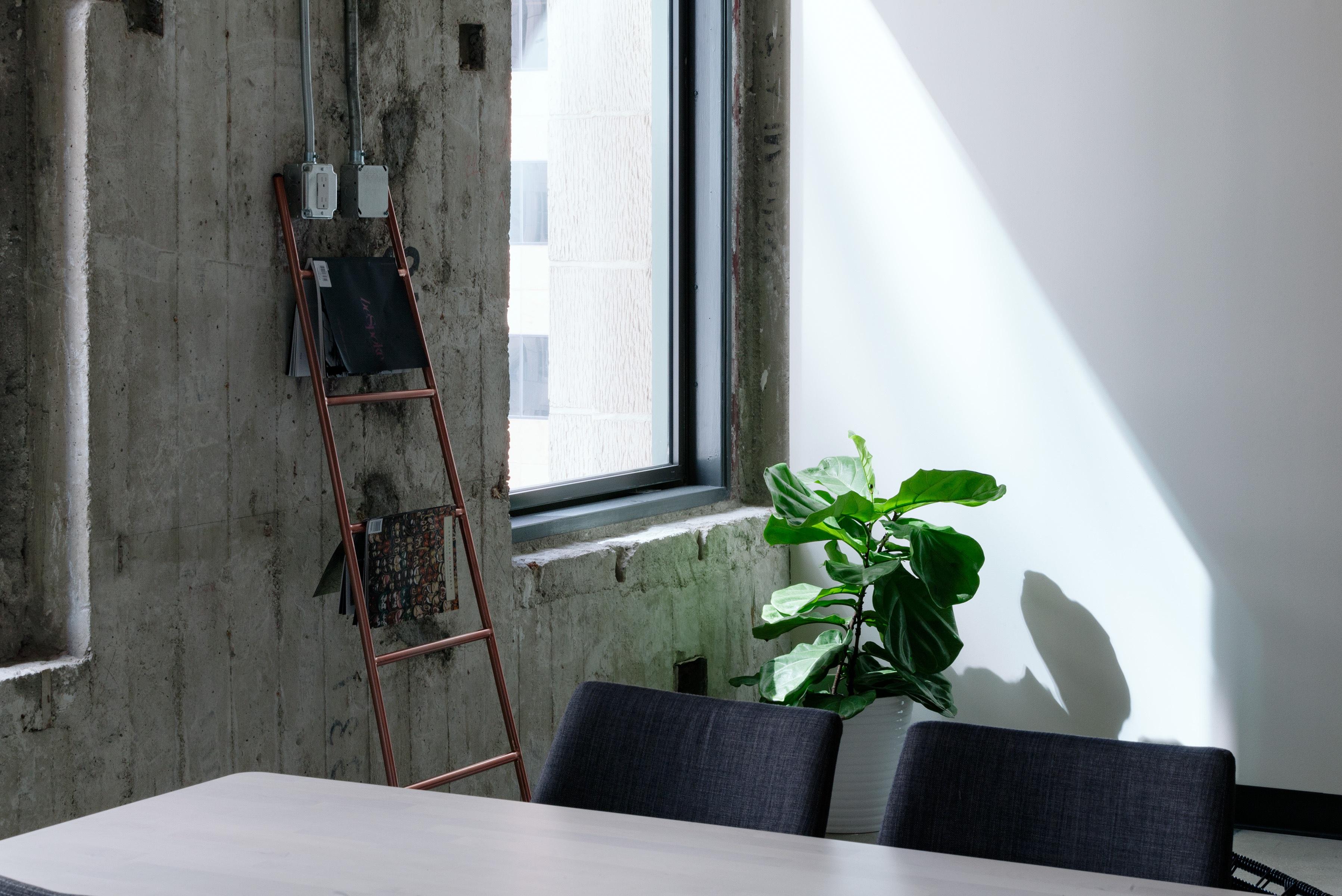 Noisy Neighbors Ways To Soundproof Your Apartment From Frugal - How to soundproof your apartment floor